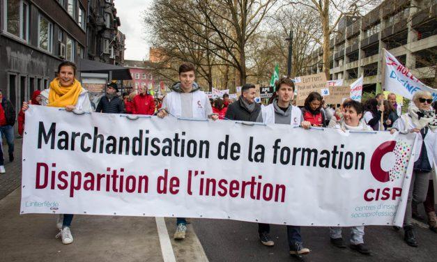 On lâche rien !… les Photos de la manif du 18 mars